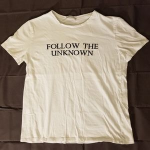 Zara W/B Collection T-Shirt Follow The Unknown
